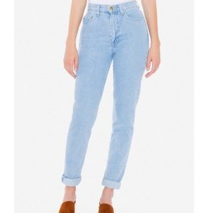 Pacsun Light wash high rise mom jeans